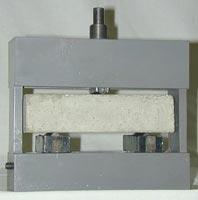 Приспособление ПИ (для испытания на изгиб цементных балочек)